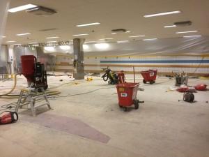 Bild 3 - Rivning av gamla golvbeläggningar