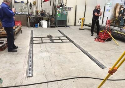 Montering och fixering av golvräls