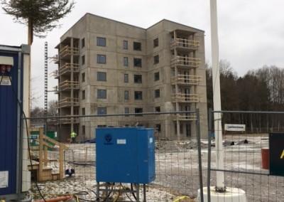 Nossebro, sex våningar som skall vägas av och spacklas för toppbeläggning parkett.