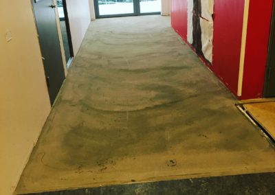 Nästan färdigt golv hammarkulletorget